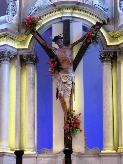 kriz na oltaru