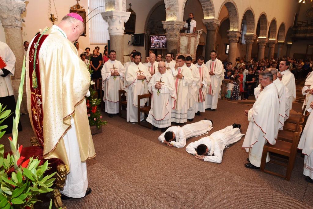 Svećeničko ređenje Franka Markulića i Filipa Šabalje