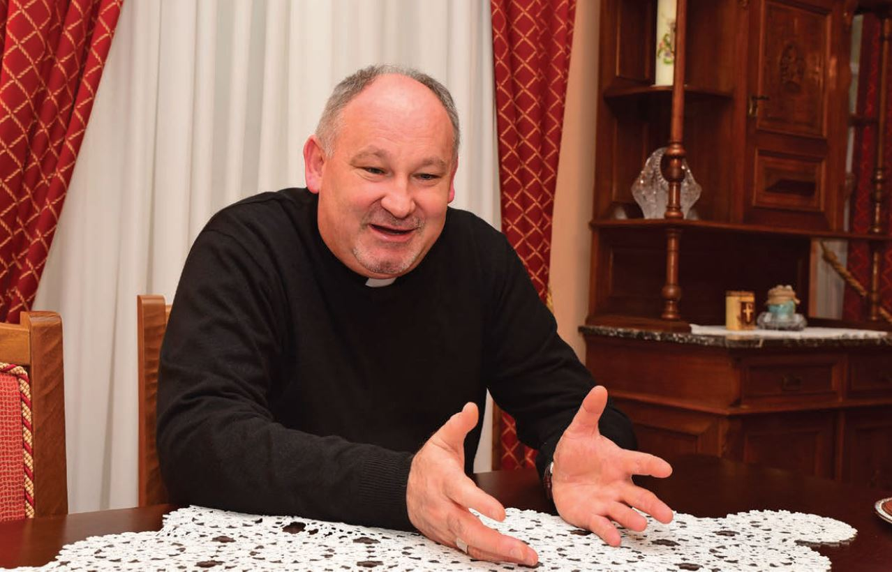 Biskup Ivica Petanjak !1)