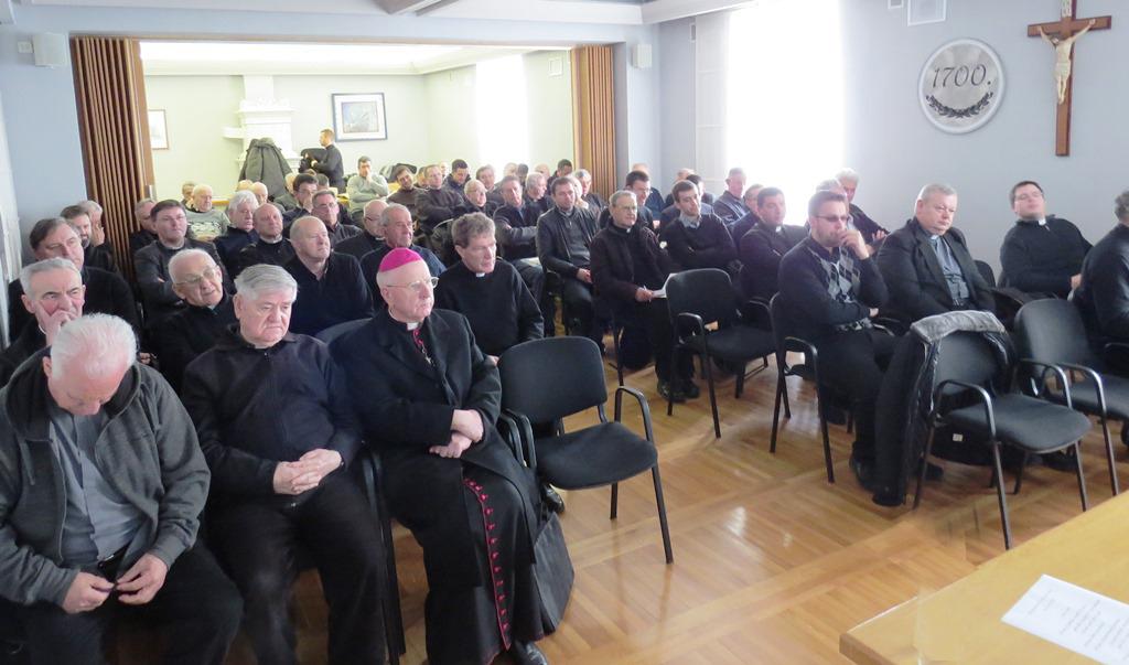 Svećenički sastanaka (1)